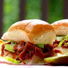BBQ Short-Rib Sliders with Whiskey-Bacon Barbecue Sauce