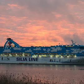 Daybreak by Bojan Bilas - Landscapes Travel ( dawn, cruiser, ship, finland, turku, sunrise, landscape, boat )