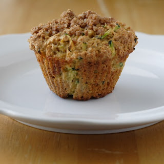 Zucchini Muffins with Cinnamon-Crumb Topping