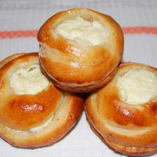 Sweet Cottage Cheese Buns