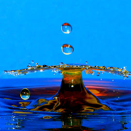 WSater Dropss by Fred Øie - Abstract Water Drops & Splashes ( abstract )