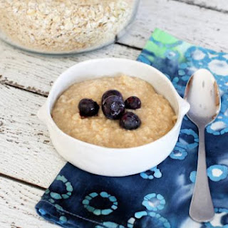 Homemade Instant Oatmeal with Brown Sugar