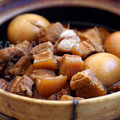 Braised Pork in Soy Sauce Recipe (Tau Yew Bak)