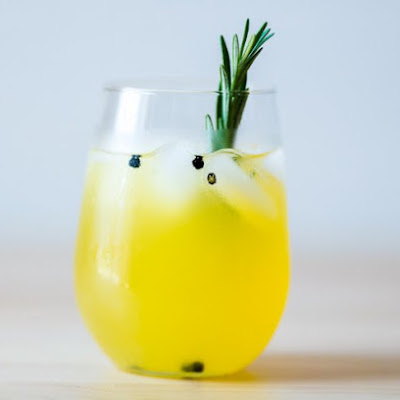 Rosemary Peppercorn Lemonade
