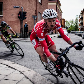 Kurvtagning by Anders F. Eriksson - Sports & Fitness Cycling ( sony, bicycles, sweden, skandis gp, transport, cycling, sverige, sports, uppsala, vehicles, sigma 19mm 2.8 ex dn, nex-7 )