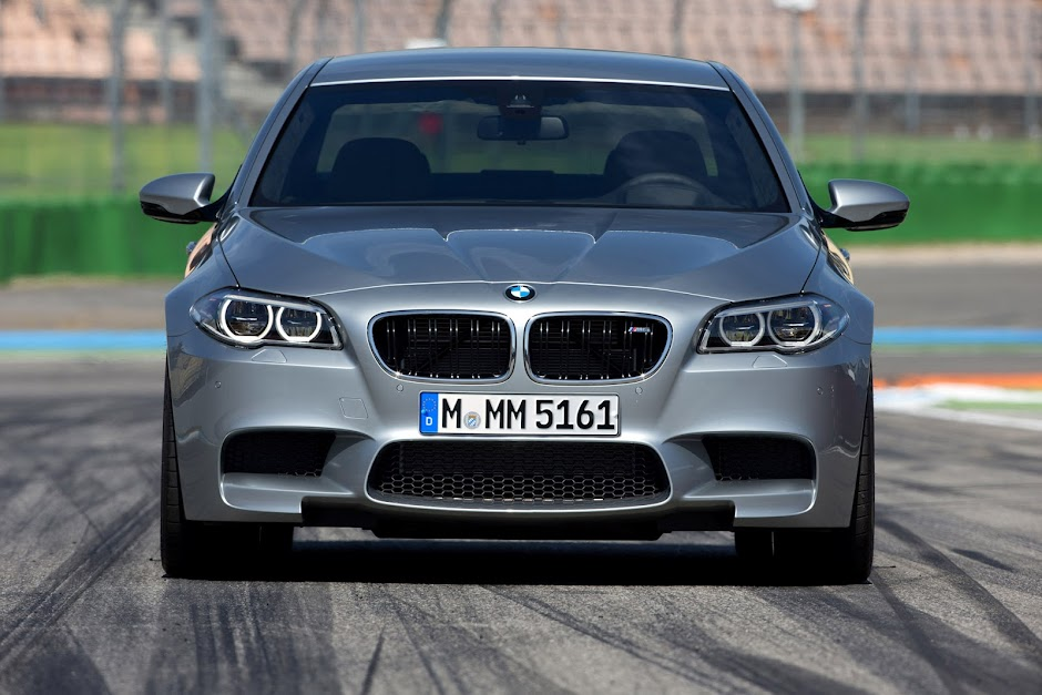 BMW M5 front - competition pack