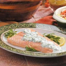Grilled Salmon with Creamy Tarragon Sauce