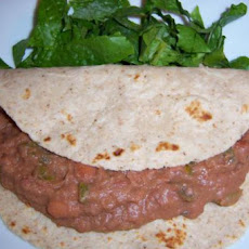 Extra Spicy Refried Beans with Lettuce, Tomato, and Lime