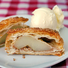 Spiced Pear Phyllo Bundles
