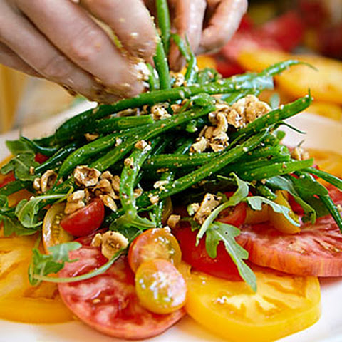 Haricot Vert Salad with Chunky Tomato Dressing Recept | Yummly