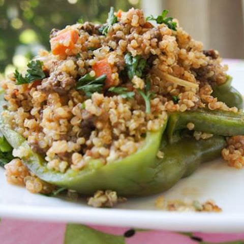 QUINOA AND GROUND TURKEY STUFFED PEPPER