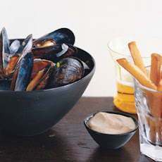 Mussels and Fries with Mustard Mayonnaise