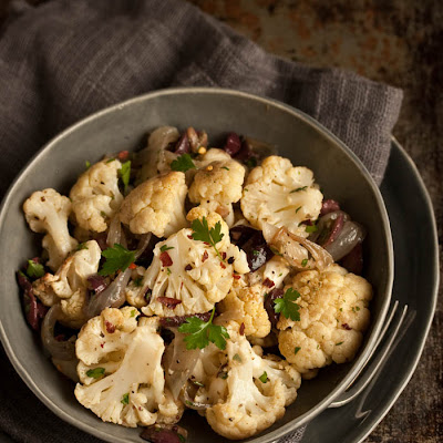 Roasted Cauliflower Salad With Anchovies,olives & Capers