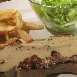Bistro Classic Steak With Peppercorn Sauce