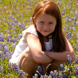 Grace Loves Bluebonnets by Donna Cole - Babies & Children Child Portraits ( cacnmao@gmail.com, quick8_98@yamail.com, destiny.olson@victoriacollege.edu,  )