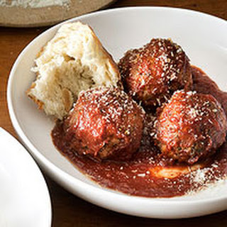Meatballs with Red-Wine Tomato Sauce