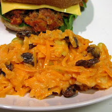 Creamy Carrot and Raisin Salad