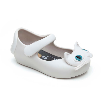 Mini Melissa Scented Jelly Cat SHOE