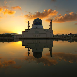City Mosque Of Kota Kinabalu by Adanan Sidjoh - Buildings & Architecture Places of Worship