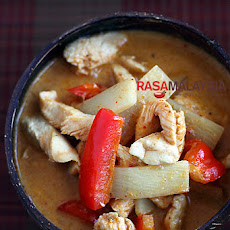 Thai Chicken Curry with Bamboo Shoots