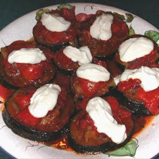 Bouranee Baunjan - Afghan Eggplant With Yogurt Sauce