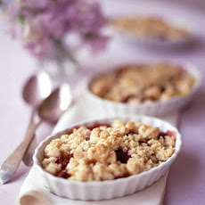 Mango and Raspberry Crisp