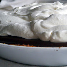 Velvety Chocolate Cream Pie