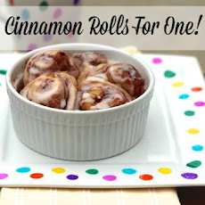 Cinnamon Rolls For One!