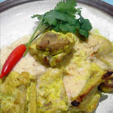 Marinated Chicken Breast With Coconut Curry Sauce