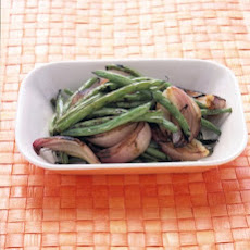 Grilled Green Beans and Red Onion