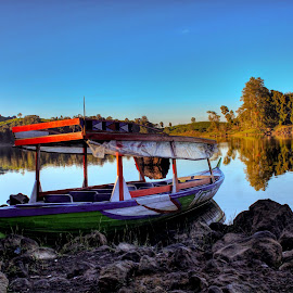 Situ Patenggang by Alief N Ardiansyah - Transportation Boats ( nature, indonesia, lake, boat, bandung )