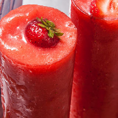 Slushy Strawberry Vodka Lemonade