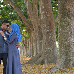 Malay Wedding - Post wedding shooting by Iz Fotografi Art Works - Wedding Bride & Groom ( melayu, wedding, pengantin, malay, malaysia )
