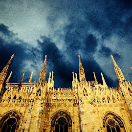 by Kevin Spagnolo - Instagram & Mobile iPhone ( milan, milano, sky, night, cloud )