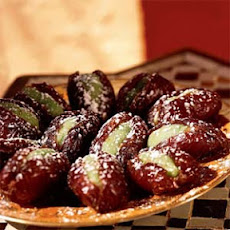 Algerian Stuffed Dates