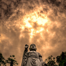The Great Buddha by Jon Khoo - Buildings & Architecture Statues & Monuments