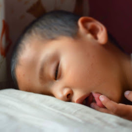 Sleeping beauty by Dekyiling Shichak - Babies & Children Children Candids ( son, beauty, sleeping, sleep, cute )