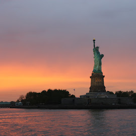 Liberty by Abhishek Sharma - Buildings & Architecture Statues & Monuments ( statue of liberty )