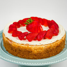 Figure Friendly Strawberry Cheesecake:
