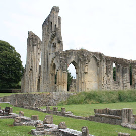 Glasonbury Abbey, Summer 2012 by Tony Moore - Buildings & Architecture Public & Historical