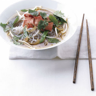 Vietnamese-Style Beef Noodle Soup