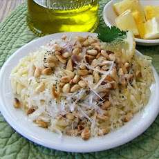 Lemon Orzo With Pine Nuts