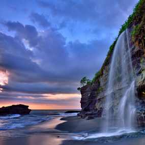 Indonesia Bali by Jimmy Chiau - Landscapes Sunsets & Sunrises ( bali, sunsets, indonesia, waterfall, sea )