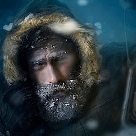 Frozen by Piotr Kowalik Bipp - People Portraits of Men