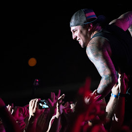 Sonny Sandoval of P.O.D. crowd surfing by Chris LaFauvre - People Musicians & Entertainers ( concert, l2k3 photography, payable on death, p.o.d., pod,  )