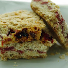 Razzle Raspberry Oatmeal Cookie Bars