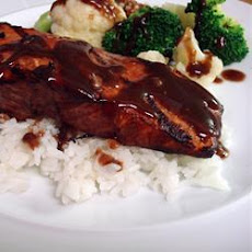 Salmon with Shiraz sauce