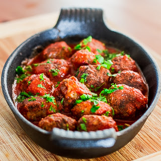 Spicy Ricotta Meatballs in Tomato Sauce