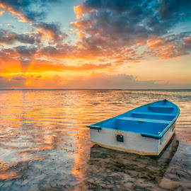 by Om Kas - Transportation Boats