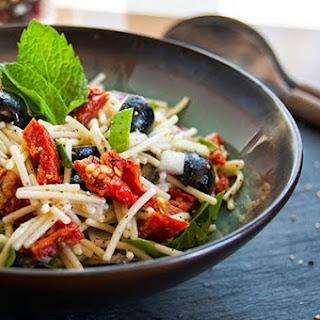 Spaghetti With Tapenade, Tomatoes, Spinach, Arugula, And Feta Recipes ...